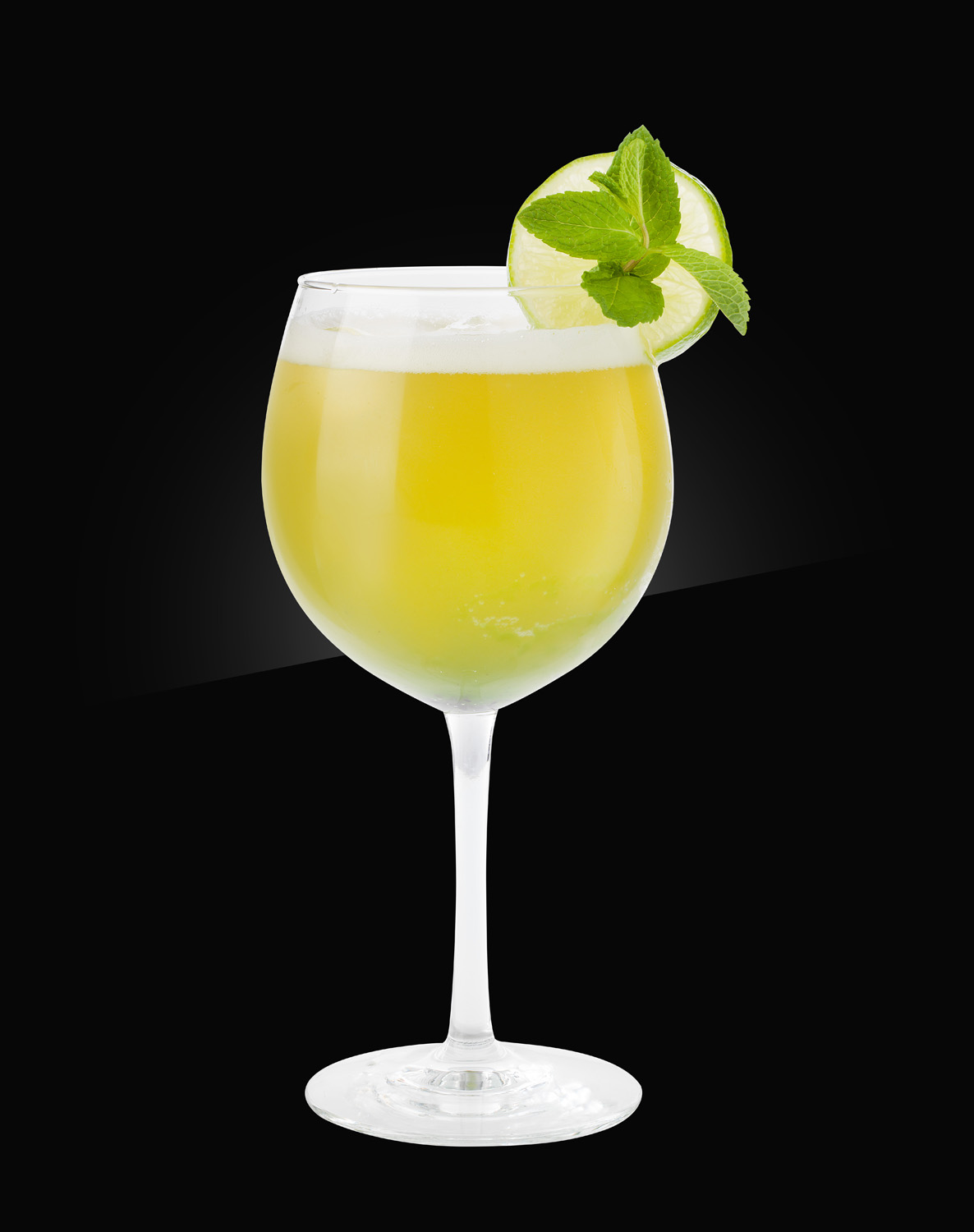 HERB non alcoholic Mocktail green-beer-hugo